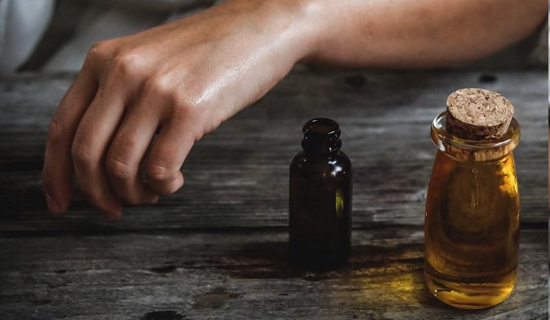 utiliser une huiles essentielle diluée ou pure ?
